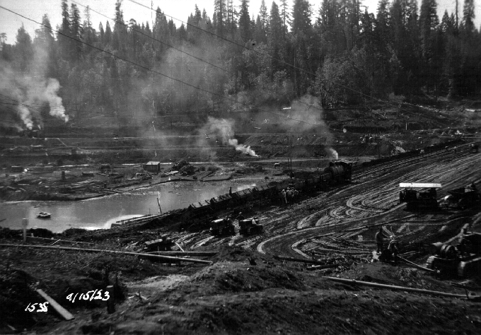 Forebay-Dam-dumping-dirt-train-on-north-end-of-dam